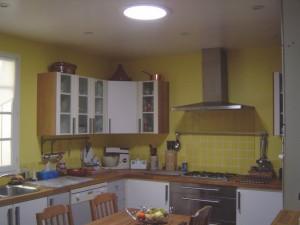 Cuisine avec conduit de lumière Solatube