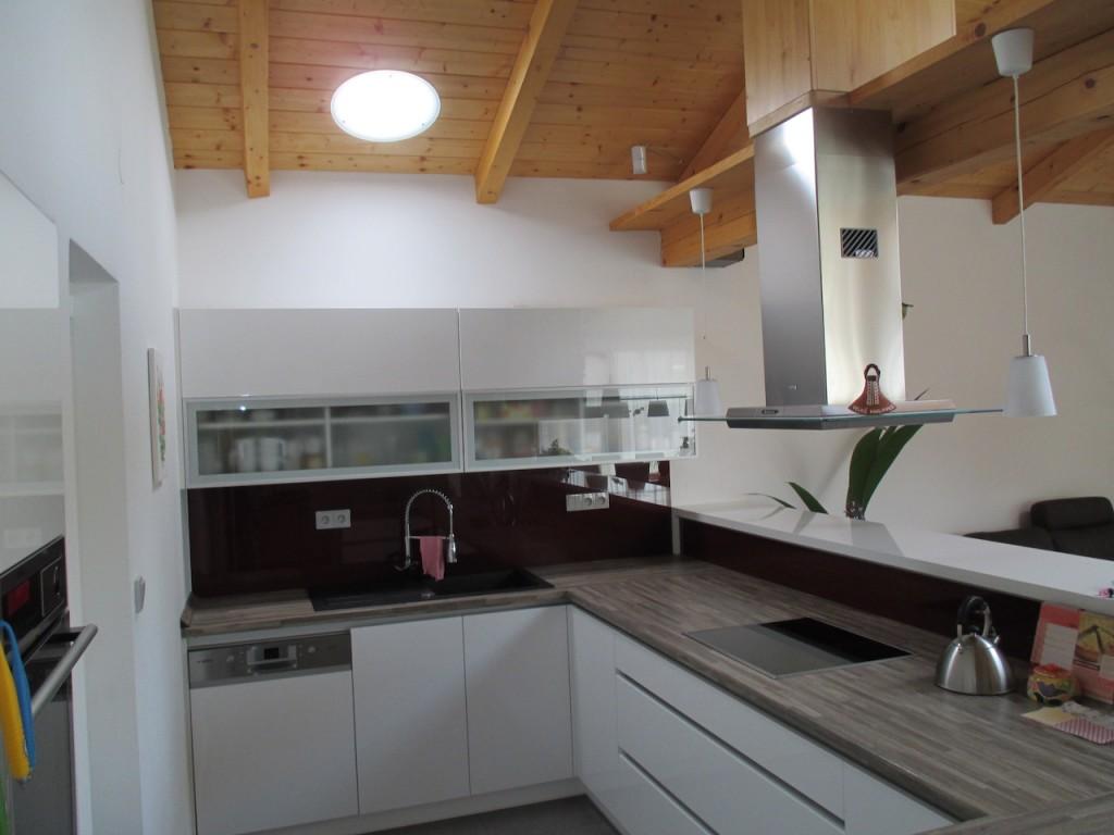illuminer l 39 int rieur des maisons avec la lumi re. Black Bedroom Furniture Sets. Home Design Ideas