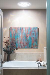 Profitez au mieux de votre salle de bains grâce au conduit de lumière!