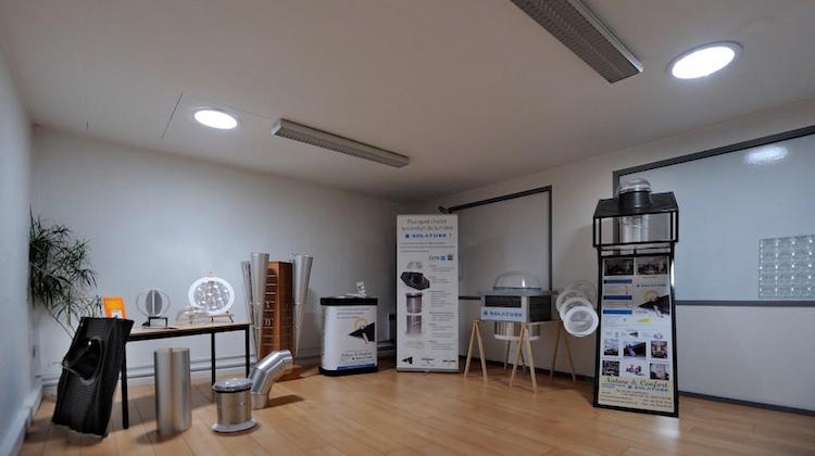 Showroom-puits-de-lumiere-solatube-small